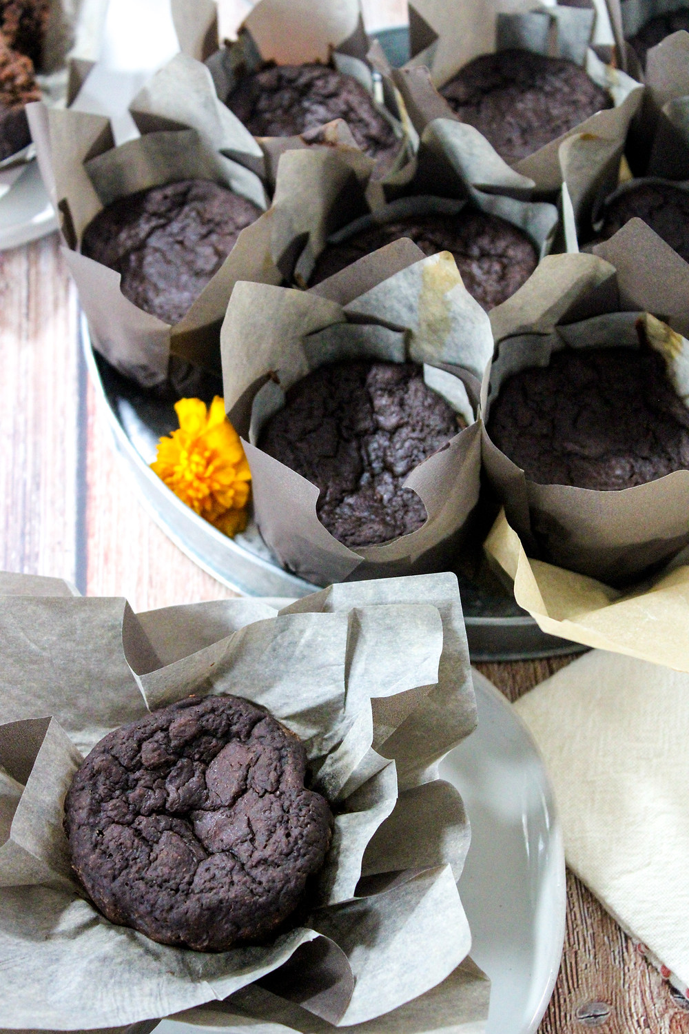 Chocolate stout muffin cupcakes oil-free