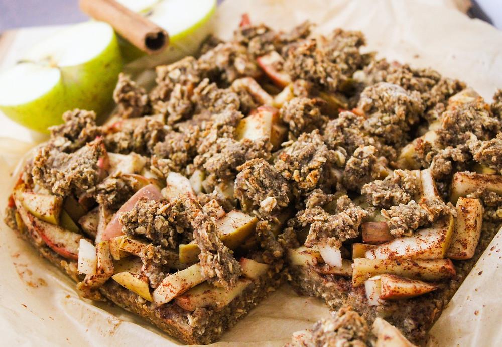 apple pie crumble bars vegan plant-based
