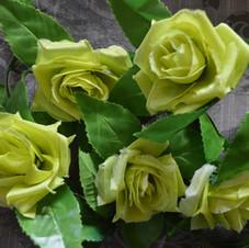 Yellow Rose Garland