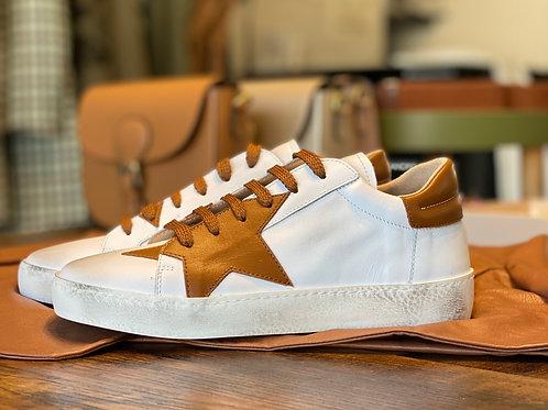 Sneakers Bianche con stella Tabacco in Pelle