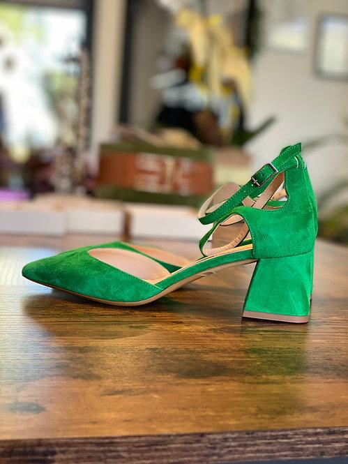 Chanel color Verde in Camoscio con tacco grosso