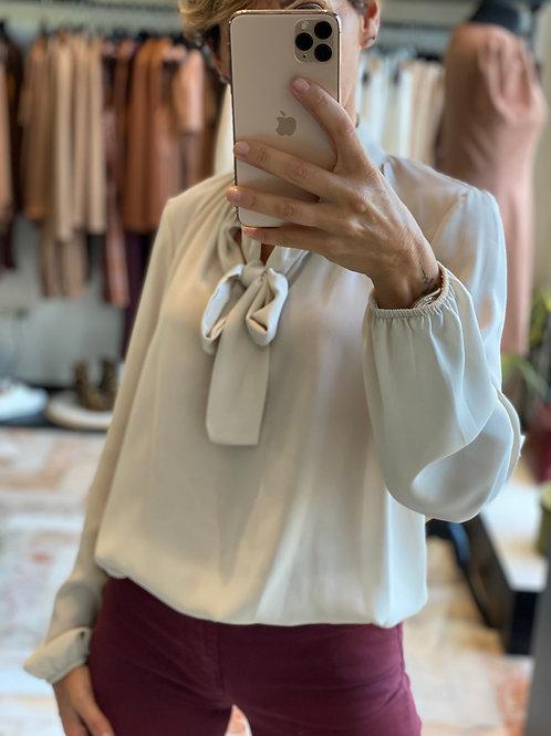 Camicia Color Ghiaccio  con fiocco cod.MA104