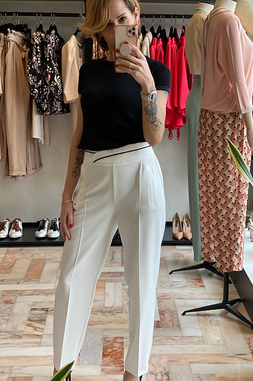 Pantalone Bianco con profilo nero cod.GA 5016