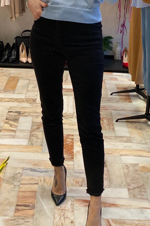 Pantalone Nero sfrangiato cod.X1416