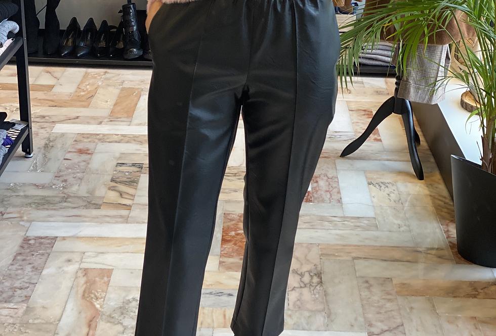 Pantalone in Ecopelle Nero Cod.KKC33- ULTIMO TG.40
