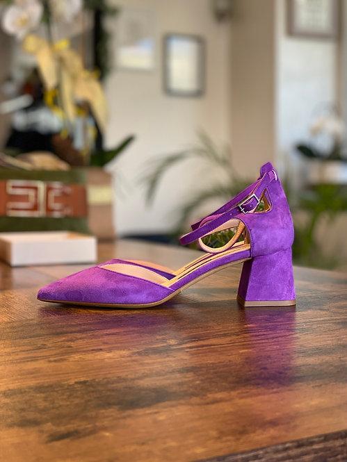 Chanel color Viola in Camoscio con tacco grosso