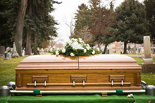 GettyImages-104304892_funeral_1350.jpg