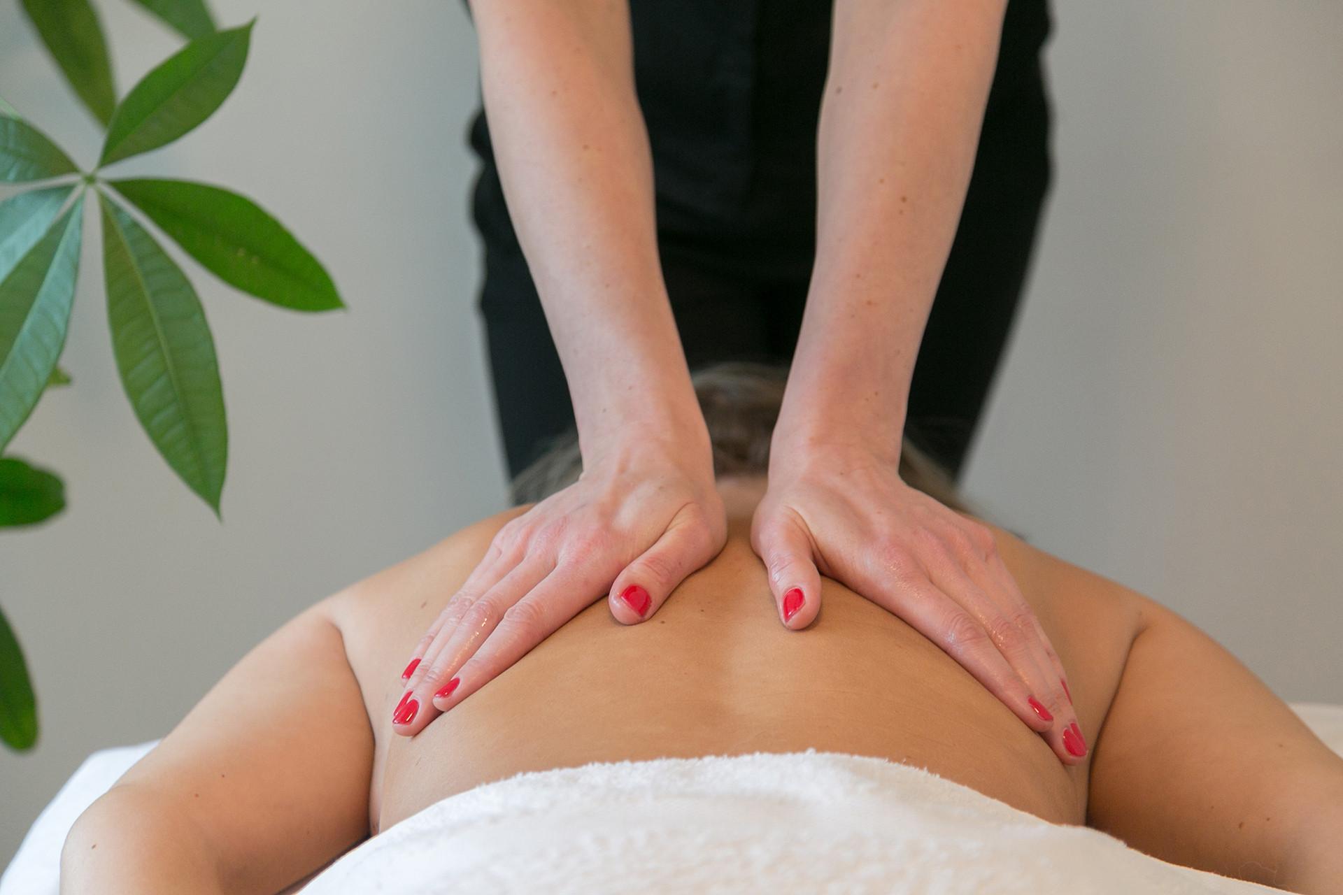 Aroma therapeutic body massage
