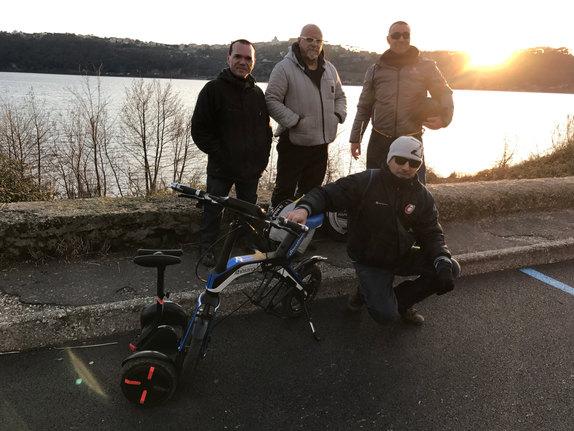 Gruppo al lago di Castel Gandolfo
