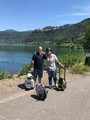 Gianky e Betta al lago di Nemi