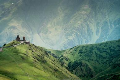 """Reseña """"The Caucasus: An Introduction"""" de Thomas De Waal"""
