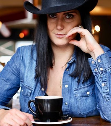 Cowgirls and coffee. Ashley 🔥 _dvlb_esp
