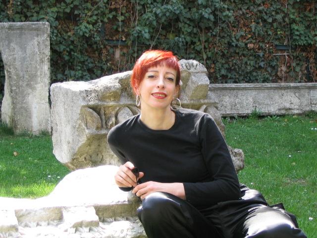 Emmylou Latour