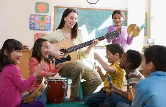233365-699x450-musical-activities-kids-e