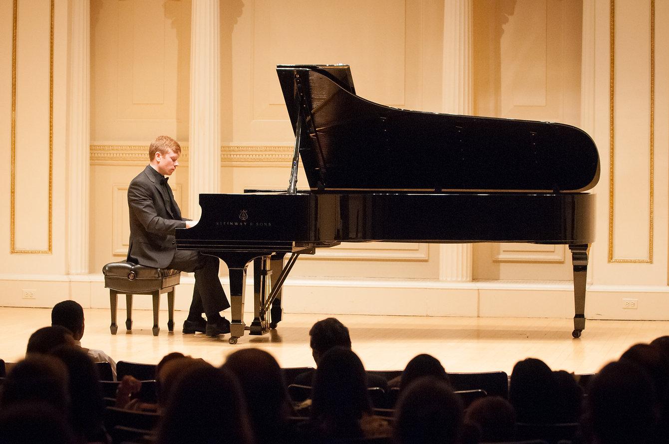 Mark Demidovich in Carnegie Hall