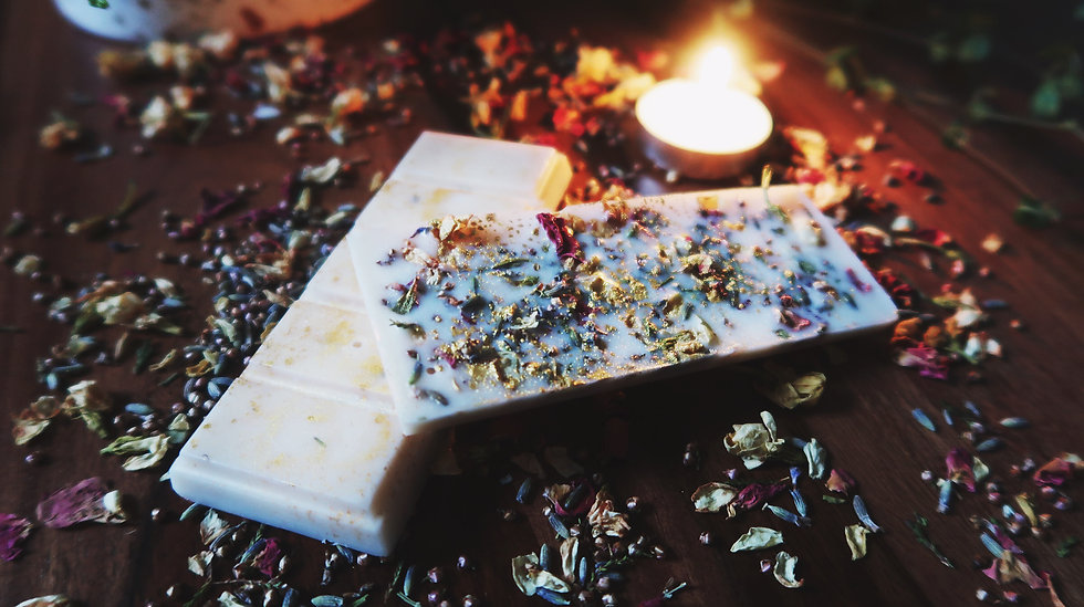 Cranberry Pear Imbolc Botanical Wax Melt Bar | Moth to a Flame