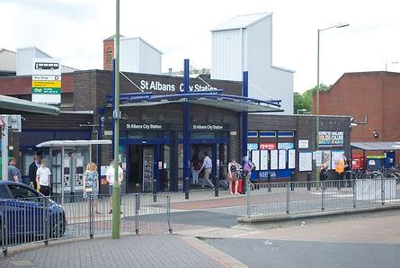 St_Albans_City_Railway_Station.jpg
