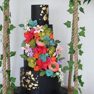 black floral cake.jpg