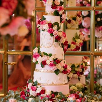 floral wedding cake.jpg