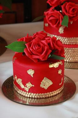 Red & Gold mini Cake