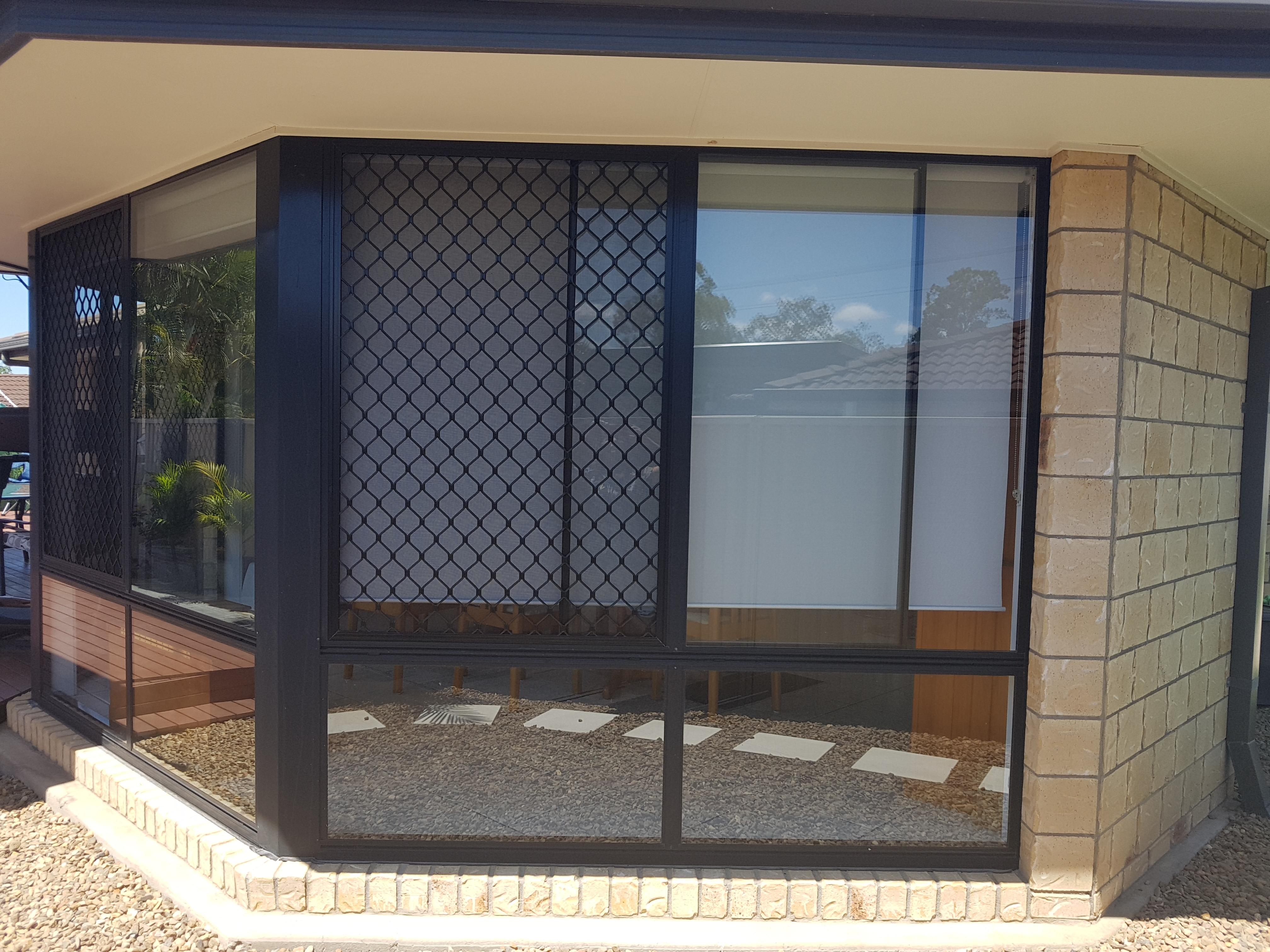 Refurbished diamond grill security screen window, Warner