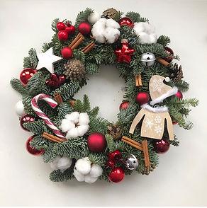 рождественский венок из натуральной хвои