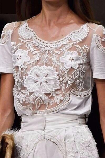 Модный белый