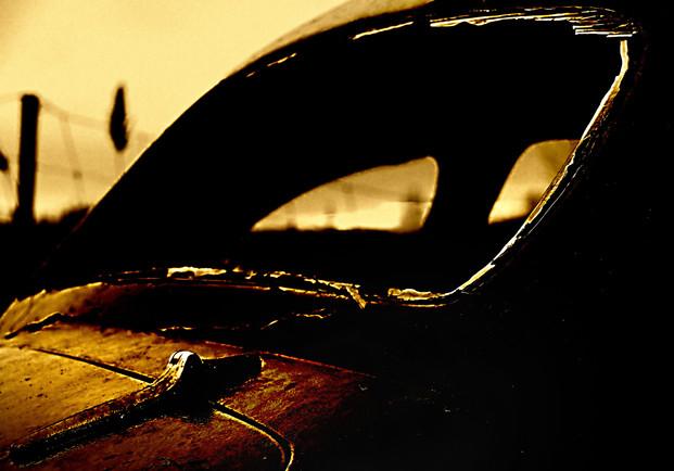 Fenêtre à la brunante (couleur)