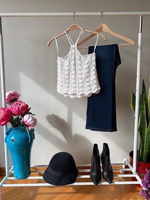 Beyaz örgü desenli ince yazlık triko bluz