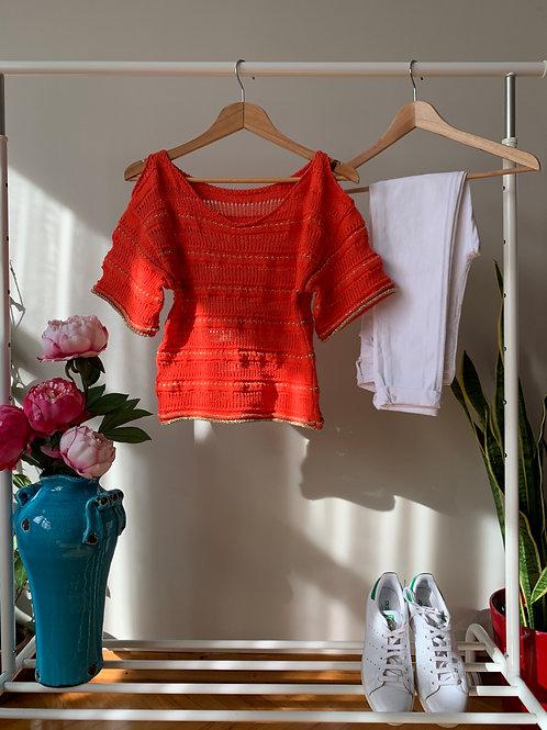 Turuncu yarım kollu omuzları açık ince triko tshirt