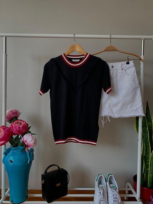Siyah tül & fırfır detaylı yarım kollu simli triko bluz