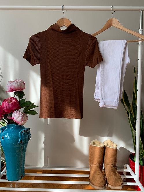Sütlü kahve balıkçı yaka ince triko t-shirt