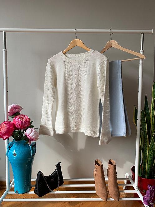 Beyaz & pembe dantel ve kol detaylı şık triko kazak
