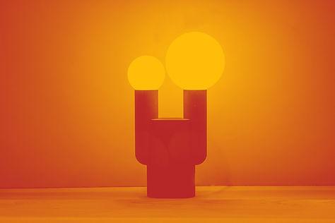 Gelbes Bild der Sandstone Lampe von David Taylor und Sandhelden