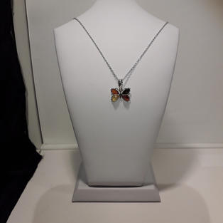 Collier Papillon Ambre