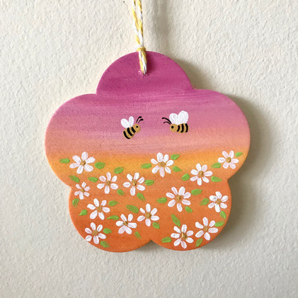 Bumblebees - ornament on wood _1