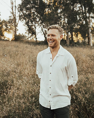 tasi travels Sustainable and ethical mens clothing
