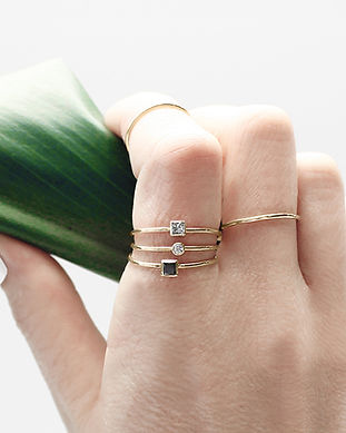 vrai and oro sustainable and ethical jewelry
