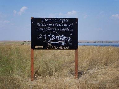 fresno-walleyes-campground-sign-mainbeac