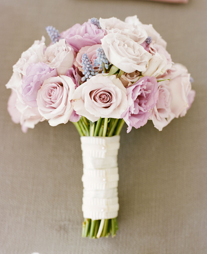 lavendar-wedding-bouquet