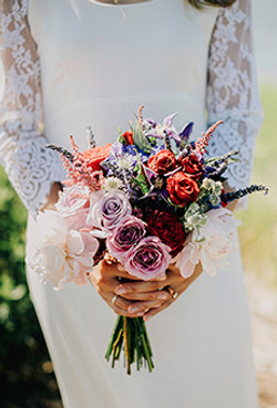 20-Best-Real-Wedding-Bouquets-Lev-Kuperman-main