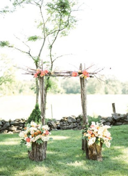 outdoor_wedding_arch_01