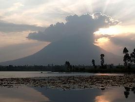 Volcano_sunset.jpg