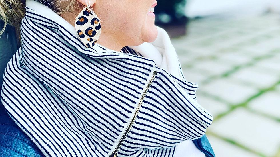 lightweight knit B + W stripe lux scarf