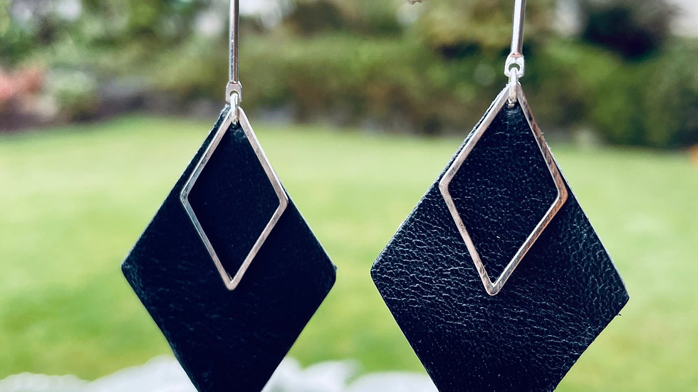 leather diamond + bar drops