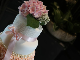 Should wedding cakes taste as good as they look?
