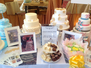 5 reasons to go to wedding fairs to find your cake maker