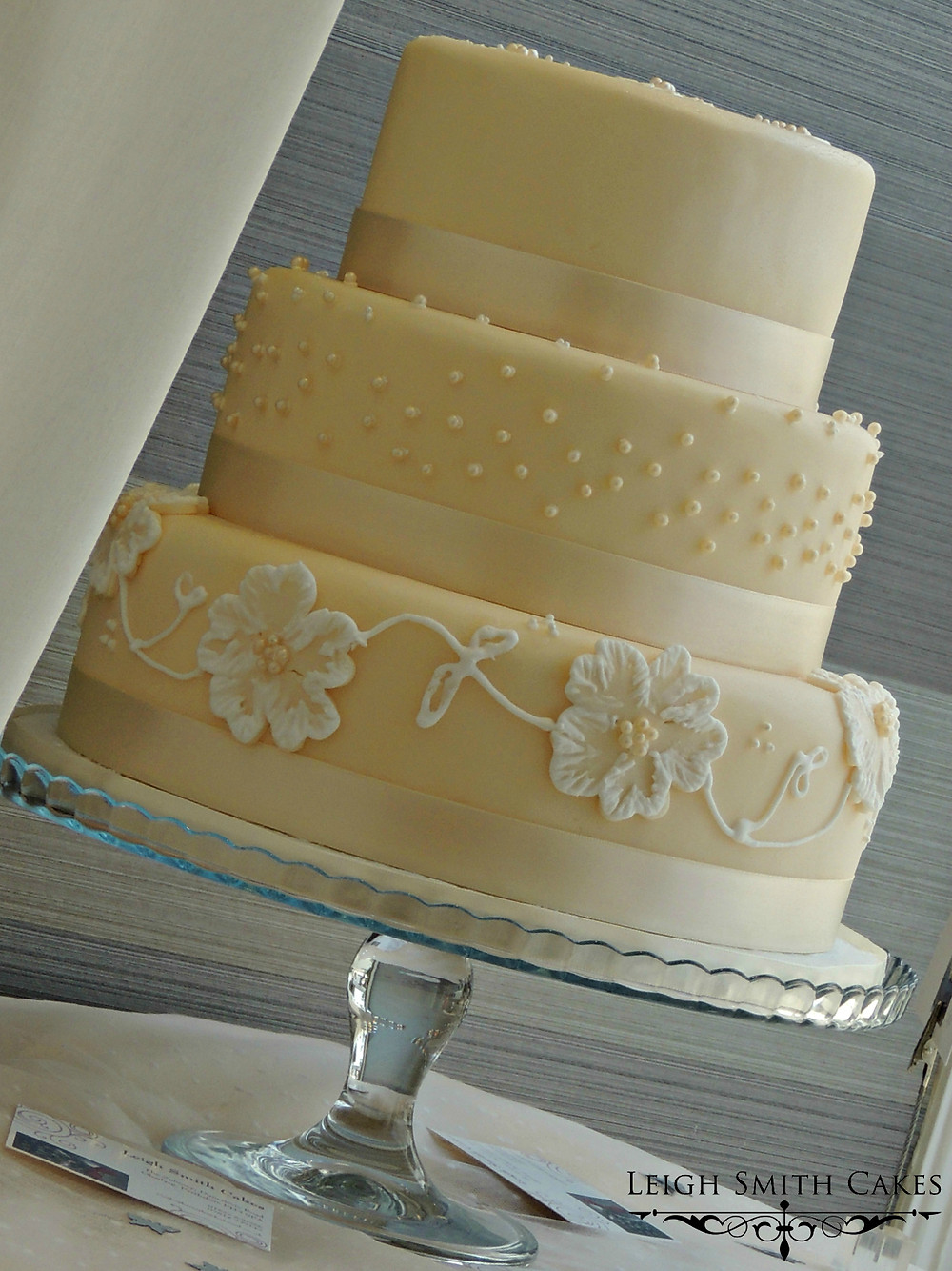 Wedding cake with simple, elegant decoration