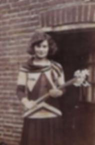Queenie Murch Happy in 1928