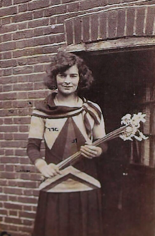 Queenie Murch Happy in 1928